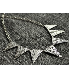 FLAGS NECKLACE