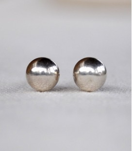 ROUND STERLING SILVER STUDS