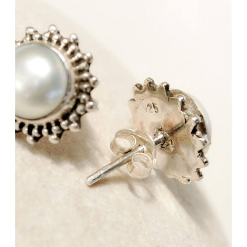 PEARL STERLING SILVER STUD EARRINGS